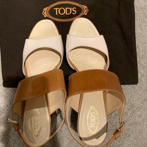 Size 38 1/2 women's TODS shoes. Never worn